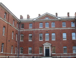 Worcester Royal Infirmary - main entrance