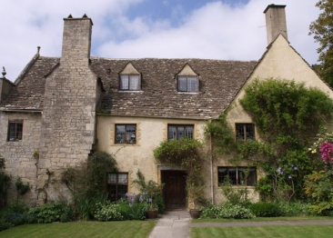Owlpen Manor, Uley