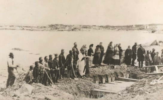 Burial service for the victims of SS Atlantic, 1873
